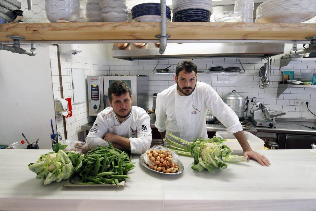 Comunitat valenciana. Valencia. Valencia. 20-04-2016. Restaurante 2 Estaciones. Fotografia de Irene Marsilla.