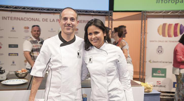 Fotografía de Gastroactitud, con el ganador del certamen