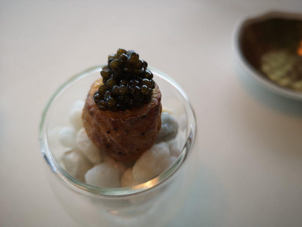 patata-molleja-y-caviar